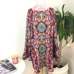 Cupio Bell Sleeve Floral Tunic Top